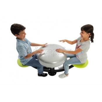 Mänguväljaku laud ja pingid 5.jpg